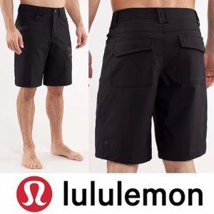 Lululemon Cadence Short in Black